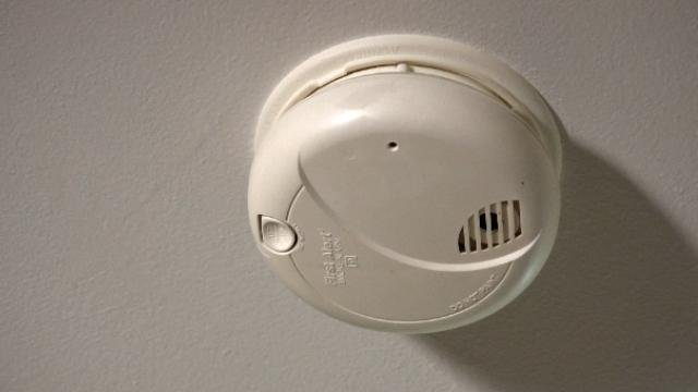 Reminder To Check Smoke Alarm Batteries When Changing Clocks