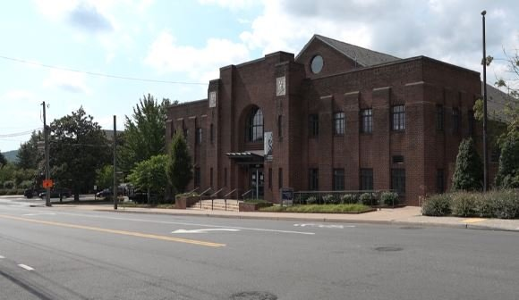 Charlottesville Opening Two Cooling Centers